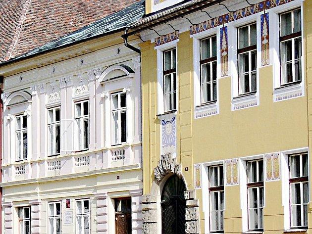 Pěší zóna zklidní historickou část města, bere však tržby