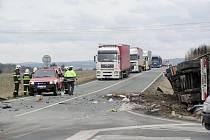 DOPRAVNÍ nehody na křižovatce  U Voříšku jsou velmi časté.