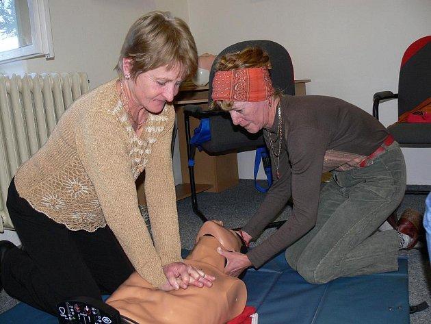 Ukázky první pomoci a resuscitace