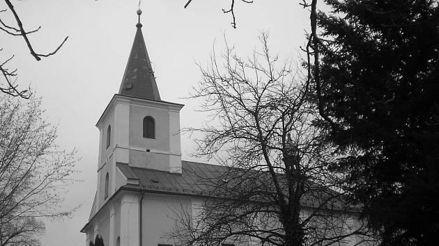 Jak jsme žili v Československu: Skuhrov nad Bělou.