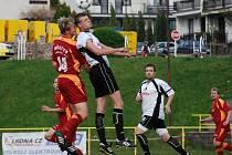 Okresní derby v krajském přeboru Spartak Rychnov - Velešov Doudleby skončilo bez branek.