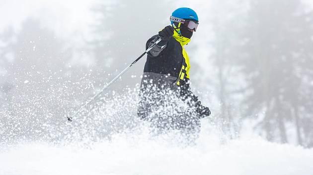 Soutěžte s Deníkem: Pošlete fotku z lyžování a vyhrajte dvoudenní skipasy