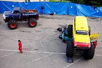 Monster show na parkovišti bavila diváky