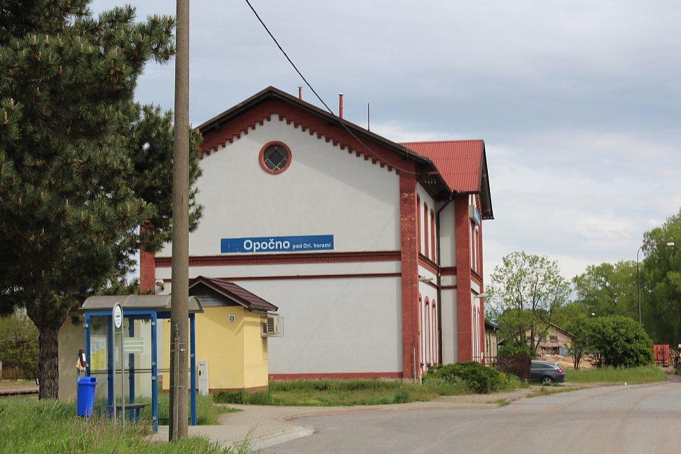 Opočenské nádraží.