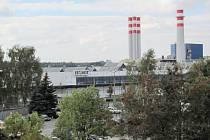Areál výrobního závodu společnosti Saint-Gobain se nalézá na jihozápadním okraji okraji Častolovic.