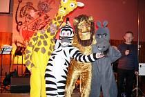 Dobrušští fotbalisté uspořádali již tradiční karneval pro dospělé. Mezi maskami nechyběl Jack Sparrow, hippies nebo děsivý predátor