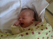 VALENTÝNA ČERNÍKOVÁ  se narodila 3. května ve 2:56. Rodiče Michaelu Severýnovou a Ladislava Černíka z Javornice potěšila váhou 2940 gramů a délkou 50 cm. Tatínek byl u porodu velkou oporou. Na sestřičku se doma těšil Samuel.