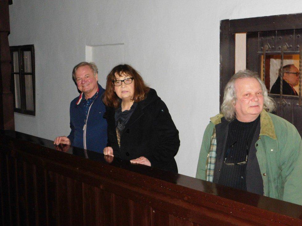 Jindřich Hrdý, Eva Vosková a Jan Bösser.