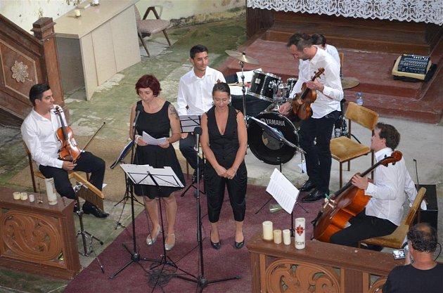 Výtěžek z koncertu v kostele pomohl centru Orion, vybralo se šestnáct tisíc koru