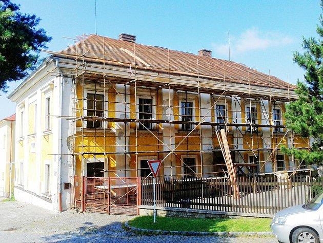 Škola Kolowratská.