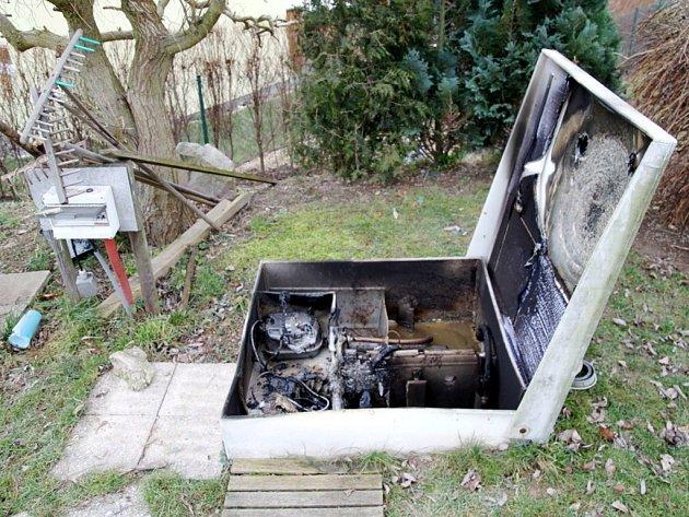 Požár čistírny odpadních vod v Lipovce.