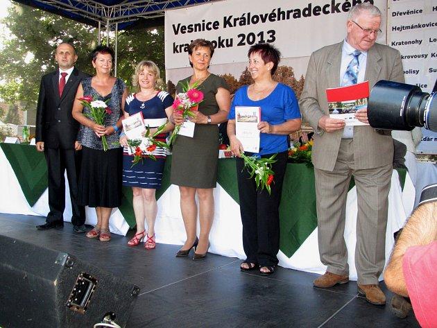 Předávání diplomů Vesnice roku.
