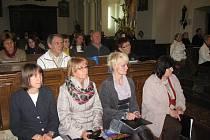 Vamberecký kostel slaví. Rozléhal se jím zpěv i příběhy nejen z Bible