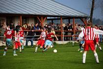 Fotbalové utkání krajské I. B třídy: Ohnišov vs Dobruška (0:2).