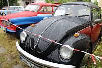 Z opočenské Porcinkule. Program nabídl i lahůdky pro milovníky historických automobilů.