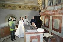 Požehnání barokních varhan v Rokytnici v O. h.