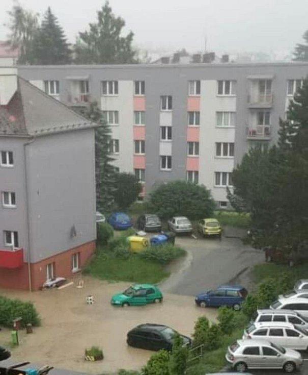 Voda zaplavila Rychnov i okolí. Foto - zdroj: facebook Rychnováci
