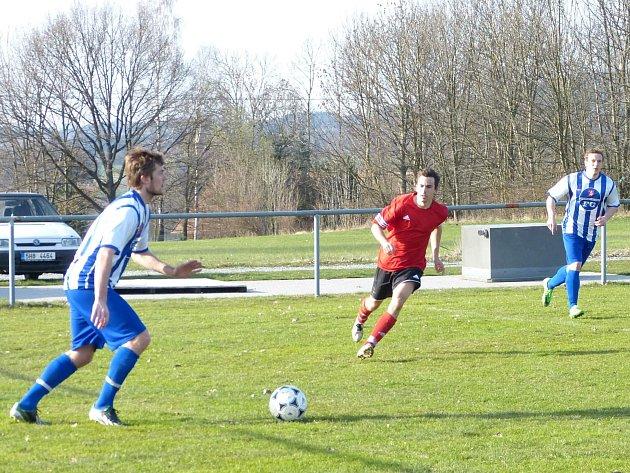 Jan Macek (na snímku) přispěl dvěma góly k výhře fotbalistů Ohnišova nad Hronovem 4:1.