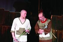 Divadelní spolek Matýsek z Nového Boru je složený ze dvou herců