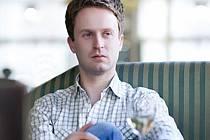 Lukáš Vasilek před vystoupením Martinů Voices na MHF F.L.Věka poskytl rozhovor do seriálu Deníku.