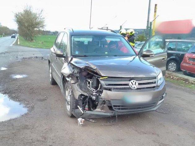 Dopravní nehoda dvou osobních automobilů vKostelci nad Orlicí.