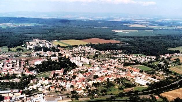 Týniště nad Orlicí z výšky - Ilustrační foto