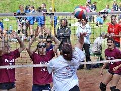 Lupenice láká příznivce volejbalu.