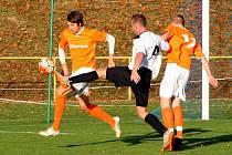 Z vítězství v okresním derby se radovali hosté z Kostelce nad Orlicí, kteří vyhráli 2:3.