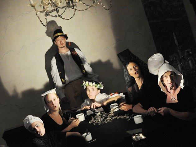 Členové Geisslers Hofcomoedianten napravují zakořeněné mínění o období baroka v českých zemích.