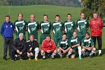 HRÁČI FC LABUŤ RYCHNOV zcela suverénně ovládli podzimní část nejnižší okresní fotbalové soutěže.
