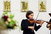 """Mozartova hudba musí vypadat lehce """"jako vysypaná z rukávu""""."""
