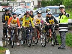 Oblastní kolo soutěže mladých cyklistů na rychnovském dopravním hřišti.