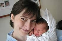 LUCIE: Rodiče Naděžda a Michal Zemanovi z Černíkovic mají radost z narození dcery Lucie. Ta přišla na svět dne 7. 4. v 0.08 hodin. ( 2,92 kg a 47 cm). Tatínek byl u porodu a zvládl to na jedničku. Doma na sestřičku čeká Davídek.