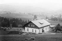 Jak jsme žili v Československu: chaty a hotely Orlických hor.