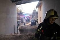 Požár pily v Třebešově.