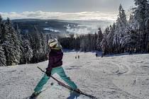 O víkendu rozjeli lyžařskou sezonu na svazích v Říčkách