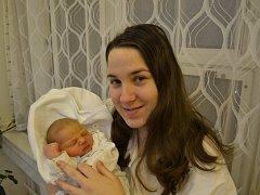 NATÁLIE BAŠOVÁ  se narodila 11. prosince v 10:58 mamince Simoně Burešové a tatínkovi Janu Bašemu z Bolehoště. Holčička vážila 3460 gramů a měřila 50 cm. Tatínek byl u porodu a vedl si dle slov maminky fantasticky.