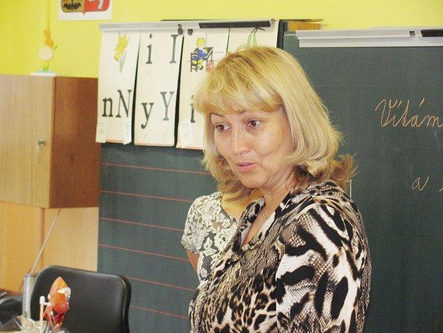 Začátek školního roku v Olešnici v Orlických horách zpestřila návštěva prorektorky Univerzity Hradec Králové MONIKY ŽUMÁROVÉ.