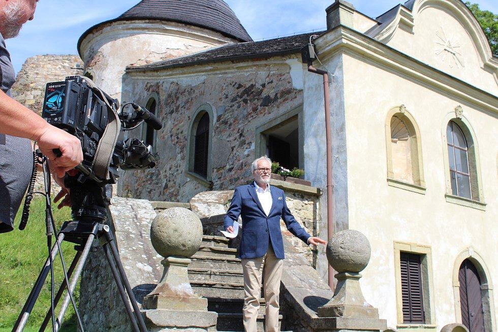 Z natáčení třetí série na hradě Potštejn. František Kinský