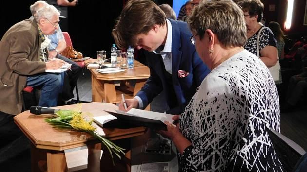Ze křtu knihy František z Dobrušky. Foto: Dana Ehlová