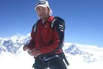 NEJLEPŠÍ český horolezec současnosti, Radek Jaroš, už zdolal třináct ze čtrnácti osmitisícových vrcholů planety.