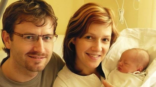 KRISTÝNKA LINKOVÁ. Na pondělí 4. února nikdy nezapomenou Markéta a David z Litomyšle. V ten den se jim narodila první dcera Kristýna. Světlo světa spatřila holčička v sedm hodin a čtyřicet tři minut ráno.
