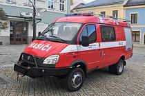 Dobrovolní hasiči z Poličky Modřece mají nový automobil.
