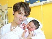 EMA KUČEROVÁ. Rodiče Hana a Kamil z Borušova se od třetího října 1.09 hodin radují z narození dcerušky. Sestřičky jí navážily 3,5 kilogramu a naměřily 51 centimetrů.