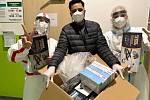 Lékaři a sestry děkují za jídlo i nové vybavení