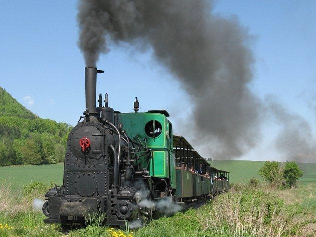 Historická úzkorozchodná železnice v Mladějově