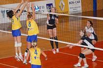 Svitavské volejbalistky porazily soupeřky z Prostějova.
