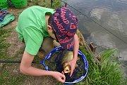 Rybářské závody v Bystrém.