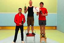 Stupně vítězů prvního turnaje.