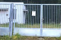 Zloděj ukradl vjezdovou bránu i vstupní branku